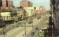 A coloured photo illustrating what the bustling streets of New Orleans would have looked like.