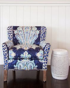 House of Turquoise: Christopher's Home Furnishings of Nantucket =OMG can u believe it ---A peacock chair -- this is for me.    Linda.