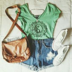 Like the whole outfit especially the shirt!
