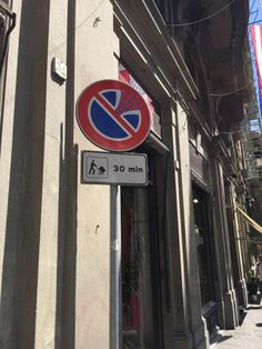street-sign-vandals-in-florence-are-spot-on-13-photos-8
