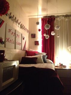 College Dorm Rooms | Simple Holiday Decorations For A College Dorm Room! Part 65