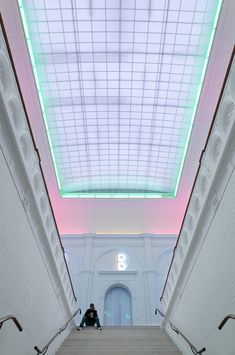 9. lighting yang dipakai untuk ceiling