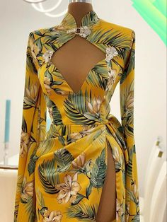 Classy Dress, Classy Outfits, Chic Outfits, Fashion Outfits, African Fashion Skirts, African Dresses For Women, Dressy Dresses, Event Dresses, Vetement Fashion
