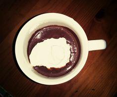 Chocolate quente com natas