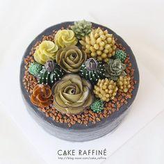 정규수업 마지막 시간, 수강생님이 완성하신 다육이 화분 케이크입니다. 시멘트 화분에 담긴 다양한 다육이 차분히 잘 만들어 주셨어요  A succulent pot. Student's work. #Buttercreamflowercake#flowercake#플라워케이크#버터크림플라워케이크#인천버터크림플라워케이크#웨딩케이크#다육이케이크#koreabuttercream#weddingcake#koreanflowercake#kue#bakingclass#cakedecorating#송도버터크림플라워케이크#foodporn#buttercreamcake#wilton#birthdaycakes#다육이#베이킹클래스#cupcakes#succulentcake#환갑케이크#buttercream#flowercake#daily#baking#생일케이크#Bungakue#เค้ก#鲜花蛋糕