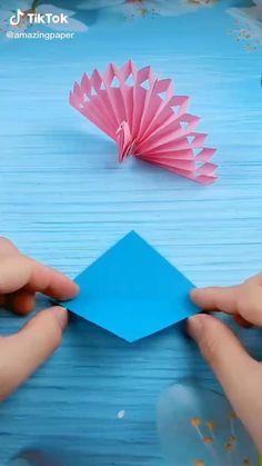 Diy Crafts Hacks, Diy Crafts For Gifts, Diy Arts And Crafts, Creative Crafts, Instruções Origami, Paper Crafts Origami, Best Origami, Paper Flowers Craft, Paper Crafts For Kids