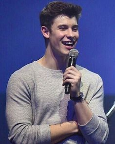 132 отметок «Нравится», 1 комментариев — Shawn Mendes||199||Leah✨ (@mendessecretss) в Instagram: «Morning :) @shawnmendes #ShawnMendes #like4like #selenagomez #gainpost #comment4comment…»