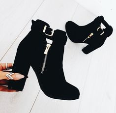 #styleinspiration shoes // booties // fall shoes // shoe inspiration // shoesday