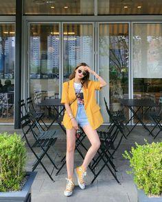Korean Girl Fashion, Korean Fashion Trends, Korean Street Fashion, Ulzzang Fashion, Korea Fashion, Look Fashion, Asian Fashion, Korean Fashion Casual, India Fashion