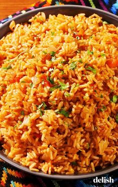 Arroz con Pollo (Spanish Rice with Chicken) Mexican Dishes, Mexican Food Recipes, Vegetarian Recipes, Cooking Recipes, Healthy Recipes, Cooking Icon, Cooking Tools, Spanish Rice Recipes, Healthy Mexican Rice