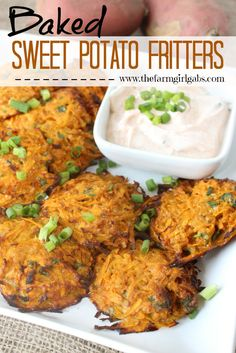 Sweet Potato Fritters Baked sweet potato fritters are a delicious and healthy recipe. This dish is a perfect side dish or appetizer.Baked sweet potato fritters are a delicious and healthy recipe. This dish is a perfect side dish or appetizer. Healthy Side Dishes, Side Dish Recipes, Vegetable Recipes, Healthy Snacks, Vegetarian Recipes, Healthy Eating, Cooking Recipes, Healthy Recipes, Fast Recipes