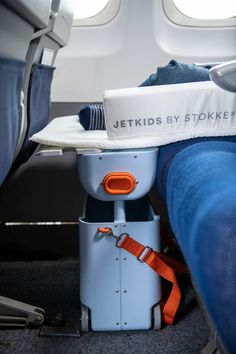 BedBox Blue Sky See the little feet, sleeping on the plane? Had to pin another view. Great travel / relocation gear by JetKids. Ride-on. Carry-on. Sleep-on. Sleep In Car, Kids Sleep, Road Trip With Kids, Travel With Kids, Jet Kids, Sky Ride, Road Trip Packing List, Flying With Kids, Carry On Suitcase