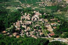 Oltrepò: lo splendido borgo di Fortunago.