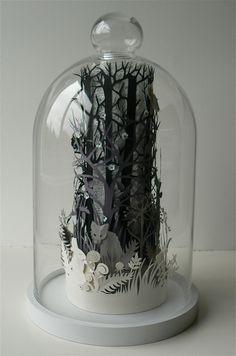 Paper sculpture - amazing.