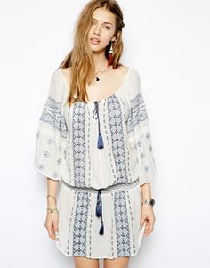 Boho Style: Embroidered Peasant Dress...OR tunic top ....bc it's kinda short!