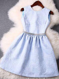 Slim embroidered sleeveless dress