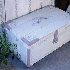 ancienne caisse coffre en bois d co loft industriel in art antiquit s meubles d coration. Black Bedroom Furniture Sets. Home Design Ideas