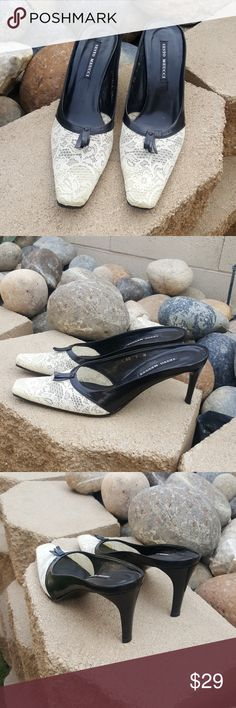 Sesto Meucci leather & lace slip on heels w tassle In excellent condition Sesto Meucci Shoes Mules & Clogs