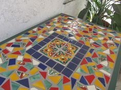 Image mexican tiles in phoenix hosted in Life Trends 1 Tile Top Tables, Diy Table Top, Patio Table, Mosaic Art, Mosaic Glass, Mosaic Tiles, Mexican Patio, Mexican Tiles, Tile Projects