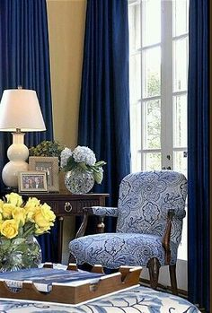 royal blue draperies, blue and white leaf print chair. blue and white living room Blue Rooms, White Rooms, White Walls, Tan Walls, Blue Living Rooms, Color Walls, Blue Bedroom, Bedroom Colors, Bedroom Ideas