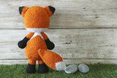 Amigurumi crochet fox pattern is waiting for you. Crochet Fox Pattern Free, Crochet Amigurumi Free Patterns, Free Crochet, Amigurumi Tutorial, Amigurumi Fox, Crochet Rabbit, Crochet Dragon, Stuffed Animal Patterns, Crochet Projects