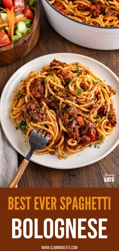 Best Ever Rich Spaghetti Bolognese  - Enjoy a delicious bowl of this homemade Rich Spaghetti bolognese - a firm family favourite. #beef #pasta #slimmingworld #weightwatchers #bolognese Slimming World Pasta Dishes, Slimming World Beef Recipes, World Recipes, Spaghetti Bolognese, Spaghetti And Meatballs, Healthy Food Options, Healthy Recipes, Healthy Foods, Yummy Recipes