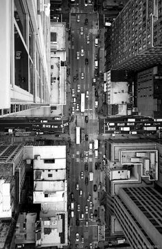 NYC Nova Iorque New York Taxis Avenues Avenidas Buildings Prédios Magic Places, Concrete Jungle, City Streets, Adventure Is Out There, City Lights, Oh The Places You'll Go, Architecture, Belle Photo, New York City