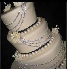 .Diamonds and Pearls Wedding Cake