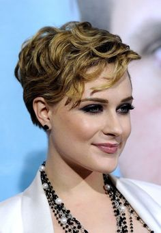 7. Wavy - 7 #Stylish Suggestions on #Styling a Pixie Cut ... → Hair #Short