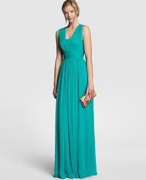 Vestido largo de mujer Easy Wear con pliegues y escote de pico