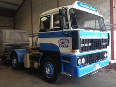 Early DAF 2800 non intercooled. European Transport, Ashok Leyland, Old Lorries, Old Wagons, Cab Over, Vintage Trucks, Classic Trucks, Semi Trucks, Cool Trucks