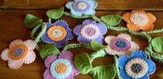 DIY Spring Flower Garland from weefolkart.com with #freeprintables flower pattern #feltflowers wool felt #simplesewing #crochet #DIYflowers #feltflowersDIY #DIYcraftsandart   Personal Use Only http://weefolkart.com/category/project-links/free-pattern?page=2