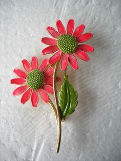 Vintage Brooch Pin Signed Lisner Enamel Green and Neon Pink Daisy Flower 2 3 4 | eBay
