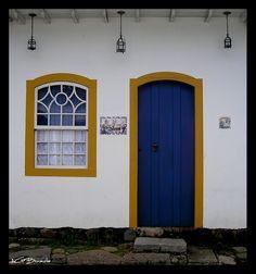 Color of Paraty - Paraty, Rio de Janeiro, Brazil - Photo © Andre Gustavo | #Photography #Architecture #Places #Brazil |