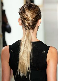 THIS NO-FUSS BRAID/PONYTAIL IS PERFECT FOR THE WEEKEND WHETHER IT'S BUSY OR CHILLED-OUT...