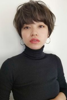 Well, one of the most trendy haircuts this year is the pixie haircut. Chic Short Hair, Asian Short Hair, Short Grey Hair, Girl Short Hair, Short Hair Cuts, Permed Hairstyles, Cool Hairstyles, Shot Hair Styles, Long Hair Styles