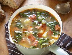 Soupe au chorizo et au chou frisé à la portugaise (Caldo Verde) sur Wikibouffe