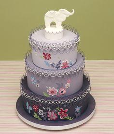 Oriental Stringwork Wedding Cake by Vivian Lee