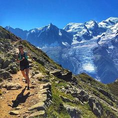 Escape . #Photo @eltigre1167  Looking forward to more unreal beauty this weekend #mountainescape . Welcome to #RunnerLand  Lets follow us / Tag #RunnerLand on your photos / Turn on our post notifications for featured  .