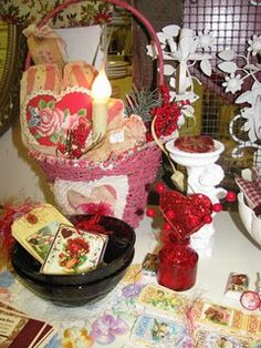 Mementos designs...Valentines!!!  2008 at Room With a Past.