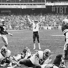 I miss them hogs!!! Throwback: love them hogs!!! Joe Theismann celebrates after a John Riggins TD against the Cowboys in the 1982 NFC Championship game at RFK. #TBT