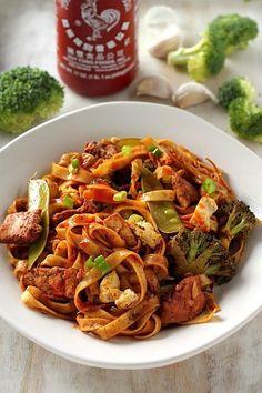 30-Minute Sriracha Chicken and Broccoli Lo Mein