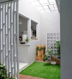 In the midst of lowered real estate land and also soaring home rates, the dimension of homes has come to be progressively little with the demands of the very same needs and comfort even often tending to boost. #MinimalistHouseDreams