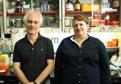 Osvaldo Podhajcer y Verónica López, del Instituto Leloir Científicos del Instituto Leloir modificaron virus para que ataquen tumores http://www.lanacion.com.ar/1872329-cientificos-del-instituto-leloir-modificaron-virus-para-que-ataquen-tumores?utm_campaign=Echobox&utm_medium=Echobox&utm_source=Facebook#link_time=1455894126