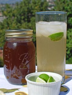 Best homemade ginger syrup for ginger ale recipe online. I replaced the palm and white sugars with agave nectar. Fresh, refreshing ginger ale that's a lot healthier than store bought! Ginger Soda, Ginger Syrup, Ginger Bug, Fresh Ginger, Yummy Drinks, Healthy Drinks, Healthy Food, Healthy Recipes, Soda Recipe