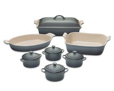 This picture doesn't do it justice, the color is SOOO beautiful! Le Creuset Heritage Stoneware 12-Piece Bakeware Set, Ocean