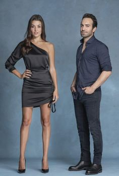 The shooting of a new Turkish drama Azize has been started. Strong cast of the drama and action scenes raised interest towards the tv series. Azize will be broadcasted in November Witch Tv Series, Drama Tv Series, Series Movies, Turkish Fashion, Turkish Beauty, Tv Show Halloween Costumes, Titans Tv Series, Castle Tv Series, Hande Ercel