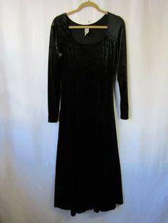 f17e7fa0b77cf EUC Fredericks of Hollywood S Solid Black Velvet Long Sleeve Gothic Maxi  Dress #FredericksofHollywood #