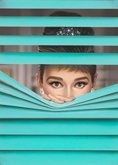 Audrey Hepburn was the inspiration for Michael Moebius' work which he called Tiffany Blue . Audrey Hepburn Wallpaper, Arte Audrey Hepburn, Katharine Hepburn, Audrey Hepburn Illustration, Audrey Hepburn Painting, Audrey Hepburn Costume, Audrey Hepburn Breakfast At Tiffanys, Azul Tiffany, Tiffany And Co