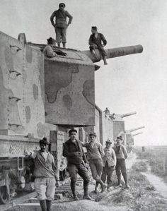 French Railway mounted cannons during World war One 1916